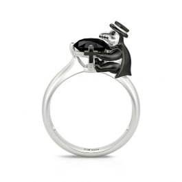 """Jeulia Hug Me """"Find Your Justice"""" Crow Doctor Round Cut Sterling Silver Ring"""