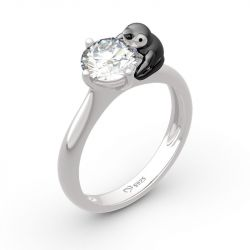"""Jeulia Hug Me """"Keep Your Cool"""" Penguin Round Cut Sterling Silver Ring"""