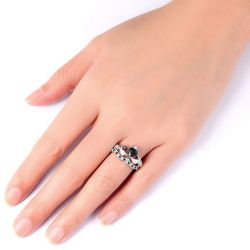 Jeulia Classic Sterling Silver  Claddagh Ring Set